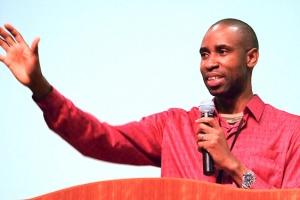 5 晚祷告研讨会 5 Nights Prayer Seminar with Pastor Julius Suubi from Uganda